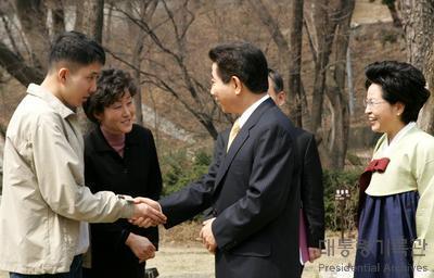 노무현 대통령 영화 말아톤 실제 주인공 배형진군 접견 사진